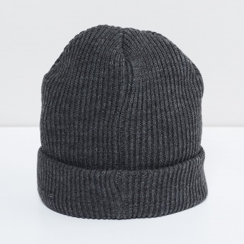 MAX Solid Knitted Beanie